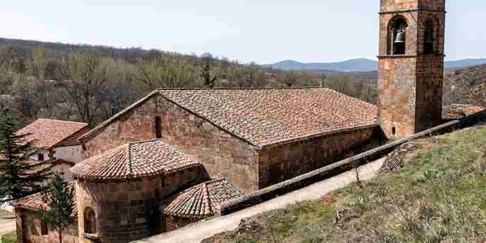 San Millán de Lara y su imponente iglesia románica