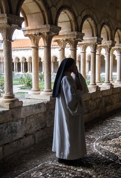 Villamayor de los Montes y su dulce monasterio