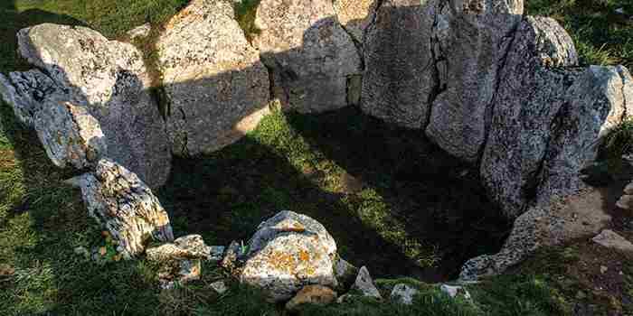 Dólmenes de La Lora, una ruta al encuento con la Prehistoria